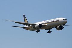 9V-SWH - 34573 - Singapore Airlines - Boeing 777-312ER - 100617 - Heathrow - Steven Gray - IMG_5146