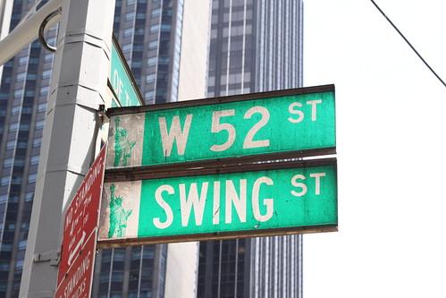 W 52 St Swing St