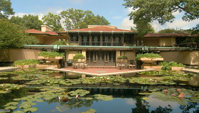 Front view of Frank Lloyd Wright's Coonley House (Courtesy Baird & Warner)