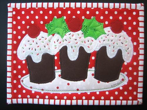 3 Christmas Cupcakes