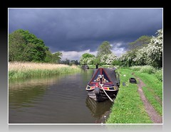 Staffs & Worcs @ Tixall (george daley) Tags: uk england boat canal staffordshire westmidlands narrowboat tixall staffsworcscanal