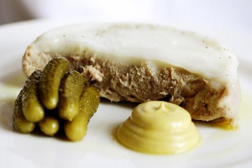 lil mustard plop!  AW?!