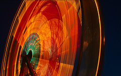 Ferris Wheel - by lyzadanger
