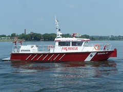 Wilmington FD Firestorm 50 Fireboat