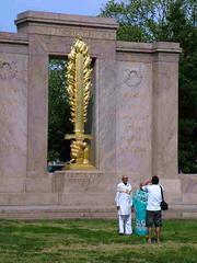 Flaming Sword (catface3) Tags: travel gold washingtondc dc memorial war wwi wwii worldwarii worldwari sword flaming usarmy koreanwar mywinners seconddivision catface3