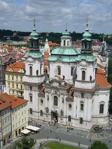 Eglise, place de l'Hotel de Ville à Prague