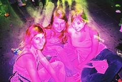 Pink Angels (almogaver) Tags: barcelona pink girls anna color film analog lomo lca xpro crossprocess flash rosa slide lomolca slidefilm explore angels catalunya colorsplash cora joana analogic fades e6c41 noies almogaver explored procéscreuat prixcolor interestingbyflickrusers davidroca