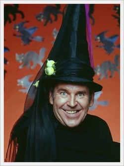 draft_lens2273251module93865451photo_1270527228Paul_Lynde_Halloween_Spec