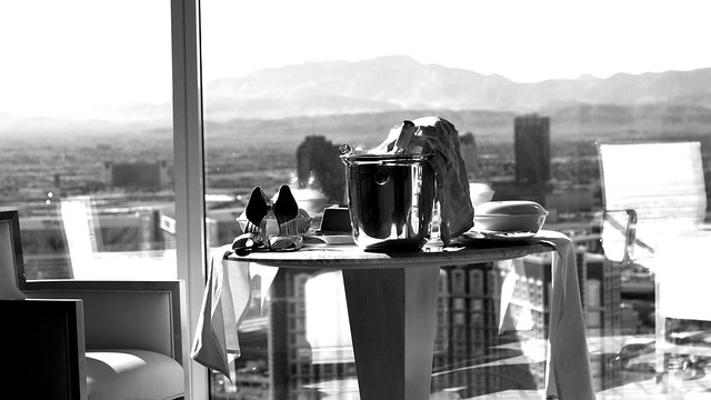 las vegas morning view from 57th floor