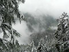 Parc d'Attractions du Châtelard VS SA (wimbledonian) Tags: snow train switzerland du parc barrage funicular emosson dattractions châtelard