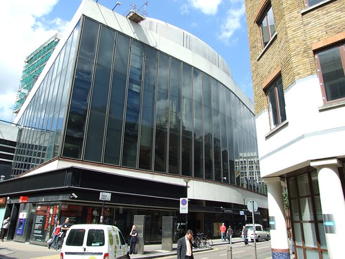 Stage Entertainment close to buying New London Theatre