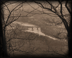 Bridge as seen from Mt. Tammany (joiseyshowaa) Tags: new winter bw white black water river blackwhite nationalpark newjersey pennsylvania nj gap resort shore jersey delaware jerseyshore penna bigmomma watergap abigfave aplusphoto thechallengefactory joiseyshowaa joiseyshowa