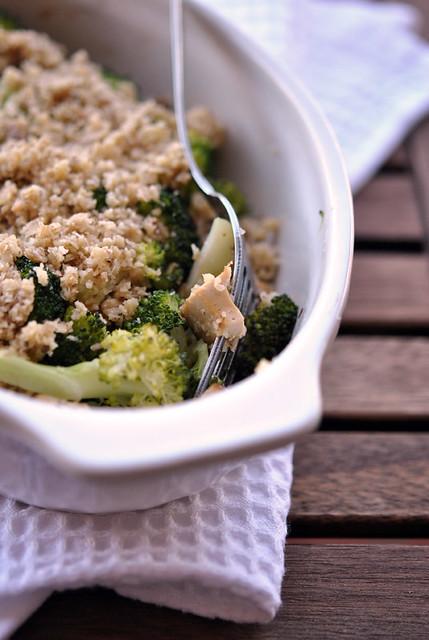 1.Crumble di tofu e broccoli alle noci