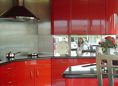 Modern Kitchen Red Color Ideas