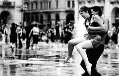 Summertime (Knrad) Tags: blackandwhite italy water torino italia acqua turin biancoenero shout urlo piazzacastello gavettoni ultimogiornodiscuola torinocentro pertropicalizzareunamacchinasufficienteportarlainjamaica corradogiulietti