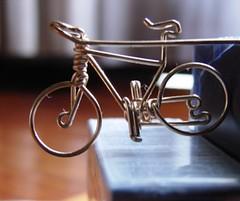 bicicleta miniatura - by joannitam