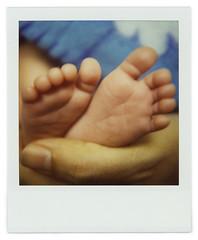 Study on Teo's feet (Cea tecea) Tags: feet closeup polaroid sx70 teo bigfoot 1month sx70blend