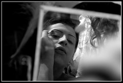 Transformistas - Agosto 2007 (Cristhián Guzmán) Tags: portrait bw blancoynegro canon retrato bn autor documental reportaje transformistas