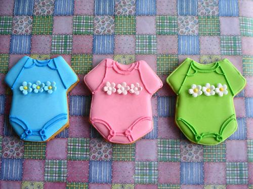 Baby_onesies_cookies