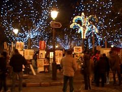 Montmartre at Christmastime (adamandjules) Tags: paris france december2006