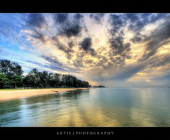 The Last Moment of the Dawn :: HDR (:: Artie | Photography :: Offline for 3 Months) Tags: sea seascape reflection water clouds photoshop sunrise canon island sand singapore cs2 cloudy wideangle handheld 1020mm hdr bedok artie bedokjetty 3xp sigmalens photomatix tonemapping tonemap vegetations 400d rebelxti