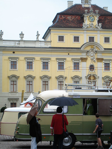 Schloss Ludwigsburg and old campers