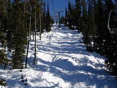 DSC00910 (davegriffiths) Tags: trees snow canada britishcolumbia skiresort skilift chairlift bigwhite poma monashee