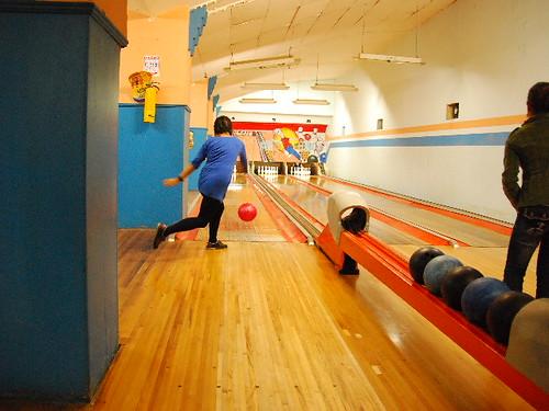 Old Skool bowling!