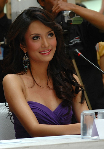 In 2005 Artika became the only Asian who made to The Top 15 Miss Universe ...