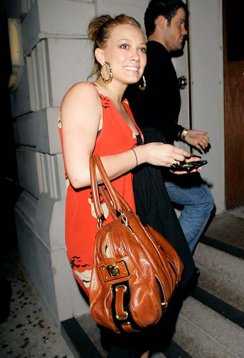 hilary-duff-mike-comrie-ny-06