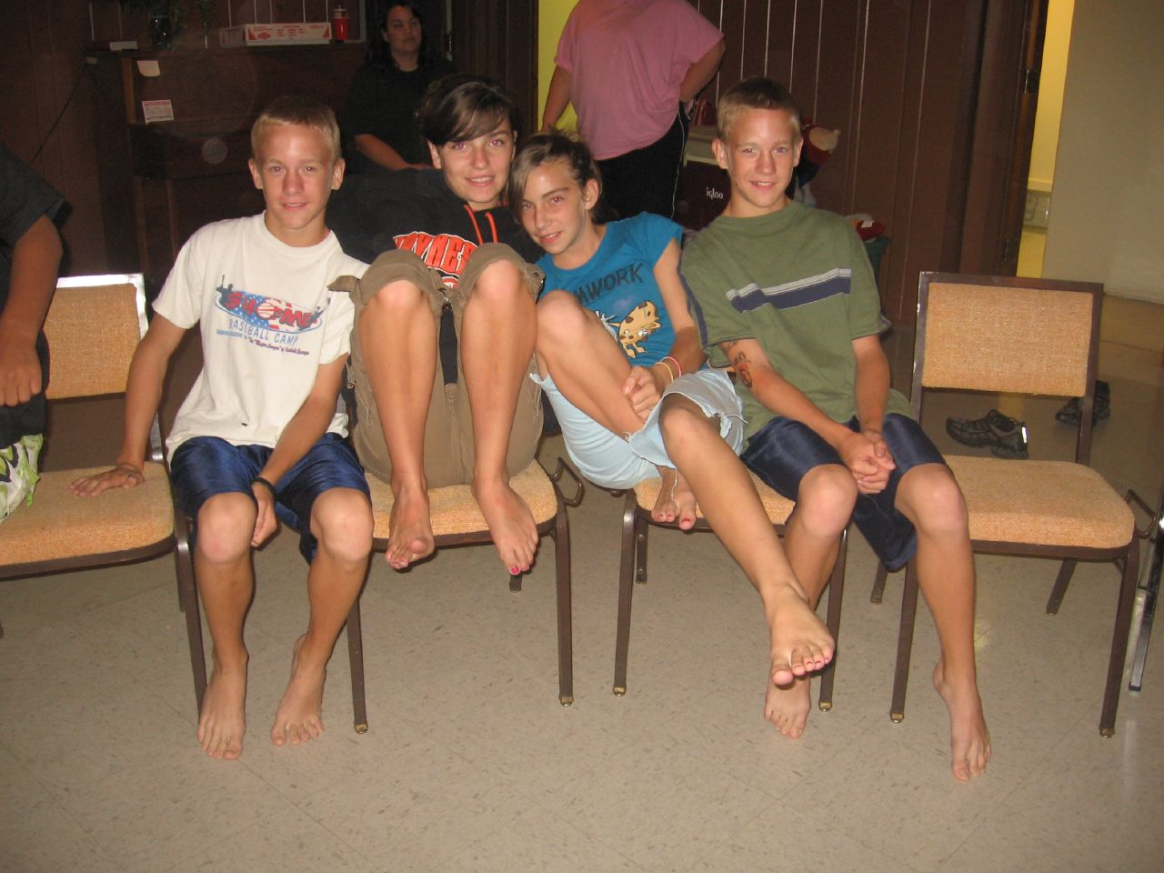 Bare Foot Teen 52