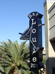 Bar Louie (knightbefore_99) Tags: usa beer sign bar happy drink lasvegas nevada martini grill hour tavern townsquare barlouie