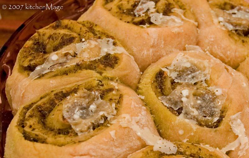 baked pesto rolls