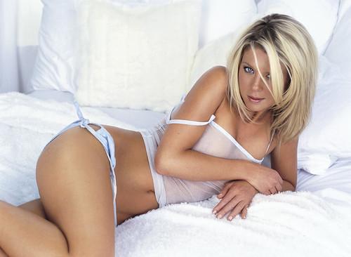 Tara Reid in Sexy Lingerie