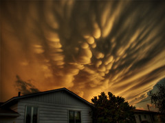 *Interlude* Strange cloud formation - by Michel Filion