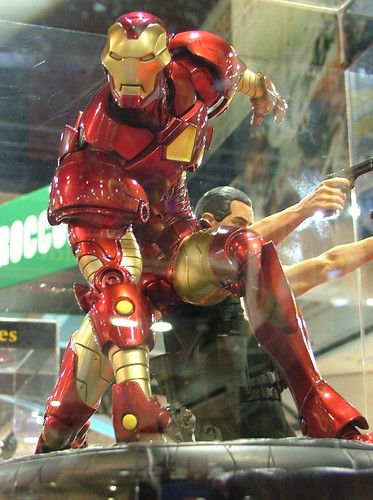 iron man hit ground sideshow toy