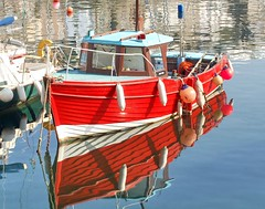 Reflections in Mevagissey Harbour, Cornwall. (Roger's Photos59) Tags: sea boats coast fishing cornwall reflexions harbours mevagissey encarnado amazingtalent buoyant aplusphoto ilovemypic rogersphotos59