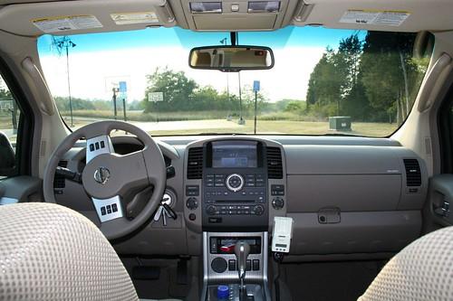 2008 Nissan Pathfinder SE   Interior