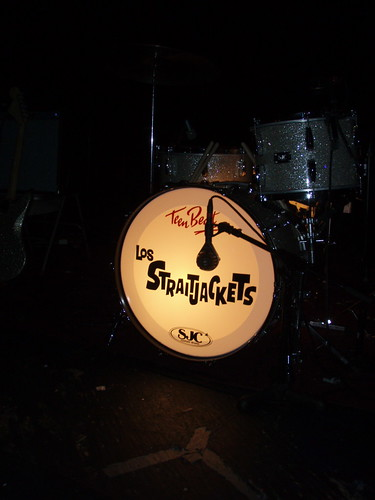 The Straitjackets