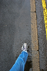 Day 011/365 Quick dash (tootdood) Tags: shop canon20d dry run dash gutter quick puddles spells yellowline 365days