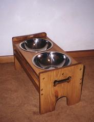 elevated dog bowls