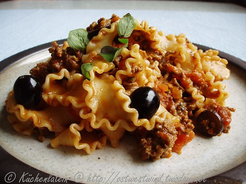 Mafaldine with beef ragout and oregano