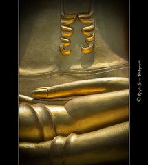 Bouddha (Romain sauze...come back ..) Tags: voyage gold globe nikon image or picture bouddha bamboo samui wacom hdr couleur palette kao thailande d300 cs3 graphique 70200vr lightroom2 romainsauze
