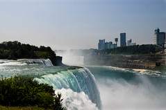 "Niagara Falls • <a style=""font-size:0.8em;"" href=""http://www.flickr.com/photos/29931407@N00/5179595258/"" target=""_blank"">View on Flickr</a>"