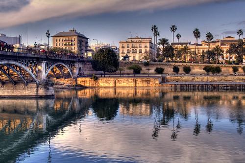 32-Puente de Triana, Sevilla. by Kalysee, on Flickr