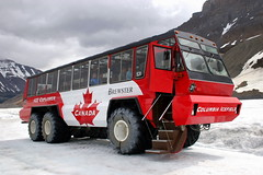 Enjoy the Ride - Specialized Brewster Snow Coach - Columbia Icefield - Athabasca Glacier - Canada ({ Planet Adventure }) Tags: specializedbrewstercoach athabascaglacier canadianrockies canada planet adventure planetadventure by{planetadventure} alessandrobehling ab byalessandrobehling allrightsreserved copyright copyright20002008alessandroabehling holiday traveltheworld photo photography photographer photographyisgreatfun holidayphotography holidayphotos digitalphotography digitalworld topphotography colorfulworld colorfulearth