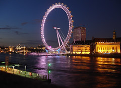 Primera noche en Londres (anita gt) Tags: uk inglaterra england reflection london thames río river aquarium londoneye reflejo londres londra acuario