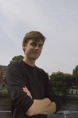 mr. Bert Heden, lifestyle consultant (betongelit) Tags: halmstad häng intellekt betongelit