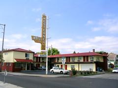 interstate motels (DeadManTalking) Tags: oregon portland motel deadmantalking