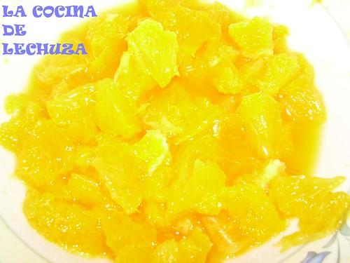 Pastel choco-naranja fruta